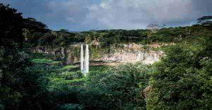 Viidakko vesiputous